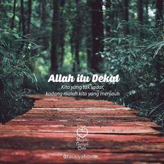 Quotes Sahabat, Pray Quotes, Allah Quotes, Muslim Quotes, People Quotes, Faith Quotes, Spirit Quotes, Hijrah Islam, Wattpad Quotes