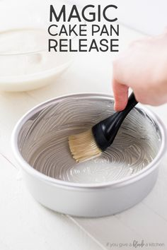 Never worry about broken cakes again. This magic cake pan release leaves no crumb behind and you can store it at room temperature for up to three months. Best Dessert Recipes, Cupcake Recipes, Fun Desserts, Delicious Desserts, Cupcake Cakes, Icing Recipes, French Desserts, Baking Cupcakes, Bundt Cakes