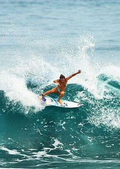 Pro surfer Coco Ho shredding. #Lufelive #thepursuitofprogression #Surf #Ocean #Waves
