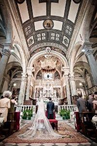Wedding ceremony at Cathedral of Cortona - Romantic Italian Weddings by Marco Bernasconi www.romanticitalianweddings.com