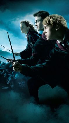 Harry Potter and the Deathly Hallows movie poster of Harry, Ron and Hermione Harry Potter Tumblr, Harry Potter Hermione, Harry James Potter, Ron Weasley, Hermione Granger, Harry Potter Kawaii, Magia Harry Potter, Arte Do Harry Potter, Harry Potter Pictures