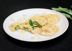 Homemade Green Pea and Ricotta Ravioli with Creamy Sage Sauce   gourmetcubicle