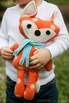 Adorable Free Sewing Patterns for Stuffies, Plushies, Stuffed Animals and Other Felt and Fabric Toys- Stuffed Fox Sewing Pattern from Stitched By Crystal Sewing Toys, Sewing Crafts, Sewing Projects, Knitting Projects, Diy Projects, Sewing Stuffed Animals, Stuffed Animal Patterns, Felt Stuffed Animals, Handmade Stuffed Animals