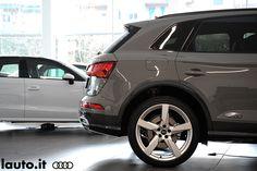 24 Fantastiche Immagini Su Audi Showroom Fashion Showroom