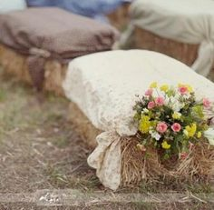 My idea for the wedding ceremony seating. Being in Iowa I can find haybales and i found burlap with little roses:) september wedding ideas / burgundy fall wedding / fall wedding color schemes / fall boquette wedding / fall wedding idea Trendy Wedding, Fall Wedding, Dream Wedding, Wedding Ideas, Wedding Country, Wedding Vintage, Wedding Rustic, Country Weddings, Hay Bail Wedding