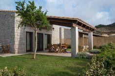 Dai un'occhiata a questo fantastico annuncio su Airbnb: Villa Granito - Top Quality Villa - Ville in affitto a Castiadas