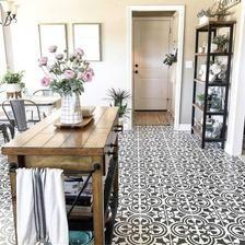 Painting Tile Floors, Painted Floors, Stencil Painting, Stenciling, Kitchen Tile, Kitchen Colors, Kitchen Flooring, Kitchen Paint, Kitchen Decor