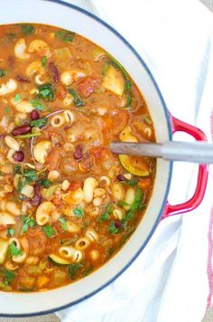 Homemade Minestrone Soup~ A tomato-based hearty soup that is packed with vegetables and beans. If you love a traditional Italian minestrone soup then you will love this version made with Classico Riserva pasta sauce!
