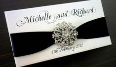 Look at these elegant wedding invitations and get inspired for your wedding in Handspire.