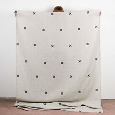 Image of TIC TAC TOE THROW/TABLECLOTH