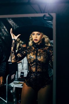 Beyonce. Queen B. Formation World Tour. 2016.