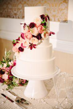 Floral Design: Loop Event Arts - http://www.stylemepretty.com/portfolio/loop-event-arts Cake: Pretty Please Bakeshop - http://www.stylemepretty.com/portfolio/pretty-please-sf Photography: Larissa Cleveland Photography - www.larissacleveland.com/home   Read More on SMP: http://www.stylemepretty.com/california-weddings/2016/10/27/modern-colorful-summer-wedding/
