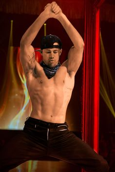 Magic Mike XXL: Channing Tatum shows off his abs