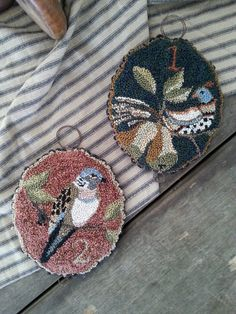 A blog about Art for Home, The use of, Hand painted, Hand crafted Home accessories. What;s new, and a little how to's.