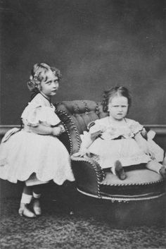 Princesses Victoria and Elizabeth of Hesse  (later Elizabeth Feodorovna of Russia)