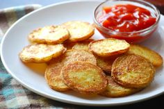Can't wait to try these Crispy Oven Roasted Potatoes - from Macaroni and Cheesecake's yummy blog. Sliced, then boiled for a few minutes, then baked in the oven, I bet these are delicious!  And I just found some beautiful red potatoes...  ~~  Houston Foodlovers Book Club