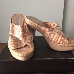 New Stella McCartney ethnic print wood sandals Stella McCartney fabric and wood heel sandals. Perfect for summer excellent condition. These run small they say 39 but are definitely an 8m. The fabric is tan fabric print the wood is trimmed in a burlap fabric. Very cute shoes. Stella McCartney Shoes Sandals