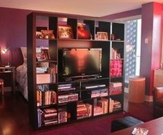 studio apt ideas omg i may be able to keep my ikea entertainment center - Idee Separation Studio