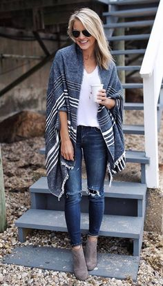 a16ea6f121 Casual fall outfits are not supposed to be all the same. Looking different  every day is your primary task