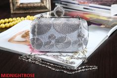 SILVER SILK PATTERN CLUTCH WITH DIAMANTE CRYSTAL CLASP WEDDING PROM EVENING BAG