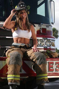 Firefighting women are badass! Firefighter Wedding, Firefighter Love, Female Firefighter, Firefighter Humor, Firefighter Shirts, Hot Firefighters, Fit Women, Sexy Women, Firefighter Pictures