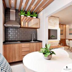 Varanda gourmet integrada com a sala de estar. Kitchen Furniture, Kitchen Decor, Kitchen Design, Open Kitchen And Living Room, Indian House Plans, Indian Homes, Modern Loft, Colorful Furniture, Home Wallpaper