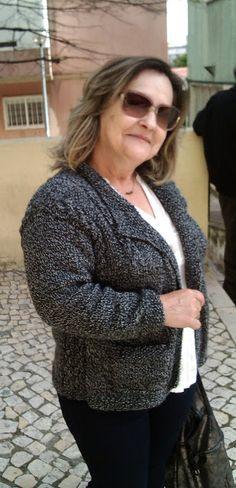 .: Casaco de tricot com torcidos