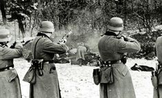 The Bochnia massacre German-occupied Poland 1939 - Wehrmacht - Wikipedia, the free encyclopedia Poland Ww2, Invasion Of Poland, Photo Choc, Luftwaffe, Persecution, Military History, World War Ii, Troops, Soldiers