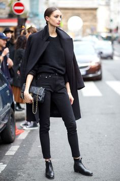 How to dress for a fashion job: 15 stylish office wardrobe outfit formulas.