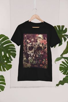 Flower Skull Men's T-shirt Skull Art Print Mens T shirt | Etsy Sugar Skull Shirt, Skull Shirts, T Shirts, Printed Shirts, Skull Illustration, Floral Skull, Skull Art, Print Design, Graphic Tees