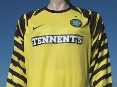 Celtic F.C. Away Goalkeeper Shirt 2010-2011 Scottish Premier League Goalkeeper  Shirts 8c188ac32