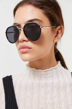 Accessories for Women Best Aviator Sunglasses, Round Lens Sunglasses, Aviator Glasses, Sunglasses Women, Vintage Sunglasses, Urban Outfitters Sunglasses, Cute Glasses, Glasses Frames, Fashion Eye Glasses