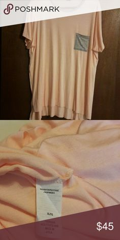 Peach & Gray pocket tee. Cute & light pocket tee.  Ultra light. Very stretchy.  Never worn.   Reposhing. Tops Tees - Short Sleeve