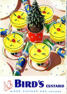 Bird's Custard Vintage Ads Food, Vintage Birds, Vintage Postcards, Retro Food, Vintage Advertising Posters, Food Advertising, Vintage Advertisements, Vintage Christmas Cards, Vintage Holiday