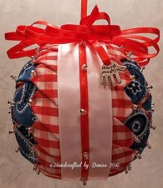 Handcrafted by Denise (Fabric Ornaments) Quilted on styrofoam ball. Folded Fabric Ornaments, Quilted Ornaments, Christmas Ideas, Christmas Crafts, Christmas Bulbs, Styrofoam Ball, 4th Of July Wreath, Quilling, Sew