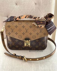 2020 New Louis Vuitton Handbags Collection for Women Fashion Bags Pochette Louis Vuitton, Louis Vuitton Handbags, Purses And Handbags, Louis Vuitton Monogram, Tote Handbags, Louis Vuitton Clutch, Celine Handbags, Luxury Purses, Luxury Bags