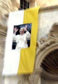 """""""La puerta de la fe"""": carta de Benedicto XVI"""