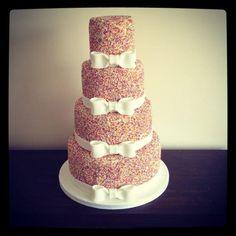 Hundreds And Thousands Wedding Cake Tree Wedding, Wedding Ideas, Birthday Images, Pretty Cakes, Amazing Cakes, Cake Decorating, Wedding Cakes, Baking, Ethnic Recipes