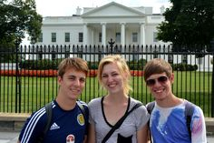 At the White House, let's hope Clinton is there next!  #travel #politics #usa Taken from arathoonsoutlook.wordpress.com