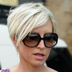 pixie haircut 2011/ wish I was brave enough to do this!