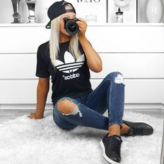 """J E N N Y A H T E L A on Instagram: """"✌"""" Sporty Outfits, Cute Summer Outfits, Simple Outfits, Spring Outfits, Cute Outfits, Fashion Outfits, Looks Adidas, Mode Adidas, Jugend Mode Outfits"""
