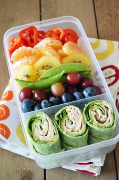 Rainbow Bento Box with Deli Spirals Recipe (kid-friendly, dairy-free and school-safe! With gluten-free and vegan options) Rainbow Bento Box with Deli Spirals Recipe (kid-friendly, dairy-free and school-safe! With gluten-free and vegan options) Lunch Meal Prep, Healthy Meal Prep, Healthy Foods To Eat, Healthy Drinks, Healthy Snacks, Healthy Lunchbox Ideas, Lunch Ideas, Kids Lunchbox Ideas, Kids Meal Ideas