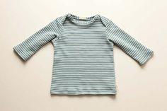 Schlupfhemd, taubenblau geringelt von rikiki-kids auf DaWanda.com