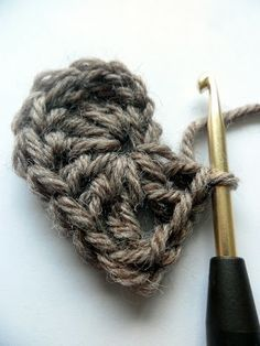 Easy Crochet, Knit Crochet, Diy And Crafts, Arts And Crafts, Little Things, Handicraft, Needle Felting, Weaving, Hair Accessories