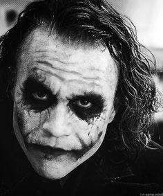 Heath Ledger's Joker - The Dark Knight Der Joker, Heath Ledger Joker, Joker Art, Heath Ledger Tattoo, Joker Photos, Joker Images, Joker Dark Knight, The Dark Knight Trilogy, Joker Face Tattoo