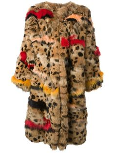 Shop Chloé oversize fur coat in Jean Pierre Bua from the world's best independent boutiques at farfetch.com. Over 1000 designers from 60 boutiques in one website.