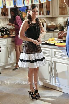 Seen on Celebrity Style Guide: Hart of Dixie Fashion: Rachel Bilson as Zoe Hart wears this leopard and lace trim halter dress in the 'Act Naturally' episode of Hart of Dixie.  Get It Here: http://rstyle.me/n/b4gs4mxbn
