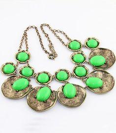 Green Gemstone Retro Gold Round Necklace #SheInside