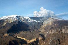 Kienyke nevado del Ruiz Mount Rainier, Mount Everest, Mountains, Nature, Travel, Risk Management, Volcanoes, Old Pictures, Colombia