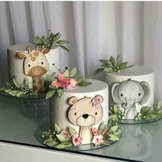 Giraffe Cakes, Safari Cakes, Baby Birthday Cakes, Girl Birthday Themes, Bolo Original, Jungle Cake, Animal Cakes, Cake Decorating Techniques, Cute Cakes